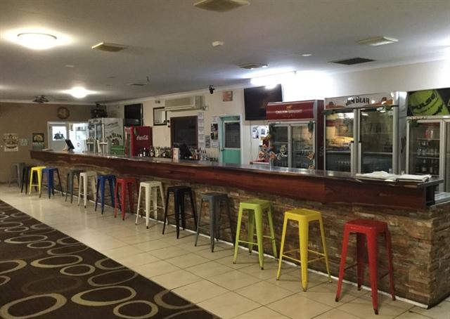 Pilbara's historic Carnarvon Tavern hits the market